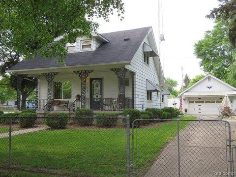 3601 Clairmont St, Flint, MI 48532