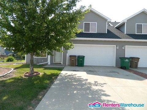 Photo of 1406 Adams St Se, Bondurant, IA 50035