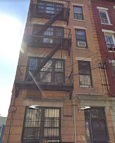 Photo of 897 Eagle Ave, Bronx, NY 10456