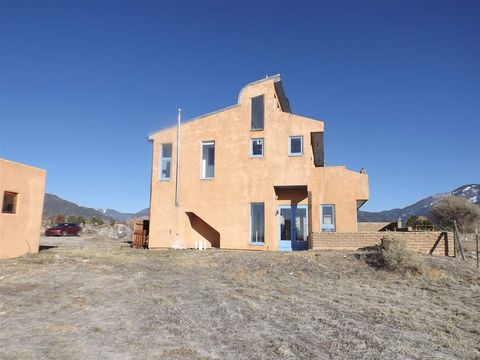 Photo of 26 Archuleta Rd, Taos, NM 87571