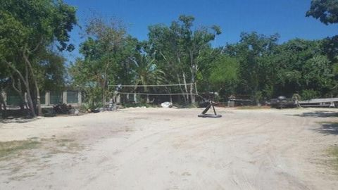 Photo of 218 Hunters Alley Ave, Rockport, TX 78382