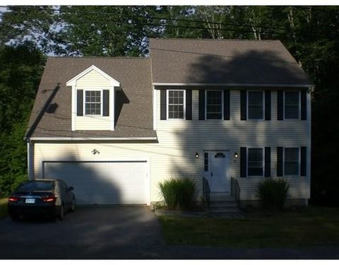 28 Lake Sargent Dr, Leicester, MA 01524