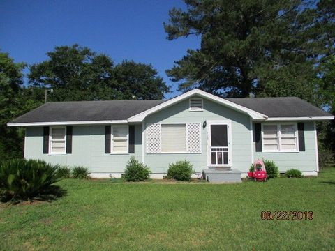 712 11th St Sw, Moultrie, GA 31768