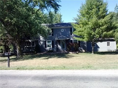 homes for sale near s huron river dr south rockwood mi