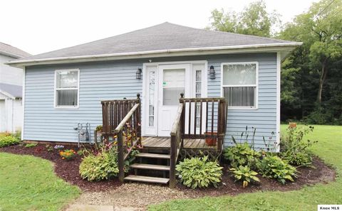 227 Crystal Ave, Mount Vernon, OH 43050