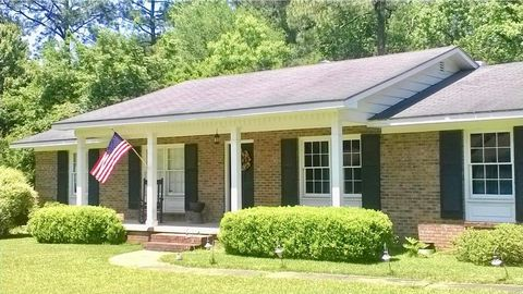 1603 Bluebird Ave, Thomasville, GA 31792