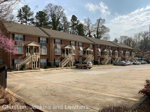 Photo of 210 E Cloverhurst Ave Apt 14, Athens, GA 30605