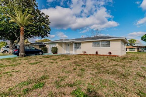Photo of 10520 Hibiscus Dr, Port Richey, FL 34668