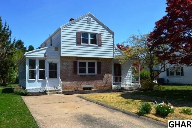 23 Maple Ave, Camp Hill, PA 17011