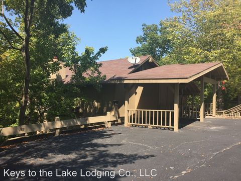 Photo of 139 Moongate Dr, Osage Beach, MO 65065