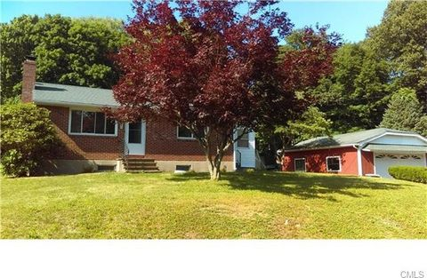 66 Forest St, Naugatuck, CT 06770