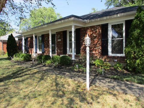 Photo of 2901 Creekside Dr, Louisville, KY 40241