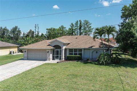 Photo of 6851 Dabney St, Fort Myers, FL 33966