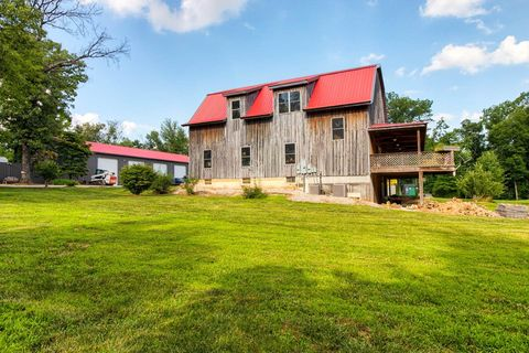 Photo of 8988 Easley Rd, Gentryville, IN 47537