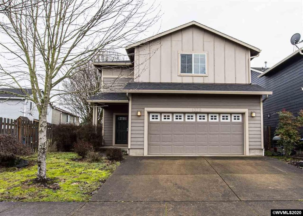 1328 Glacier View St SE Salem, OR 97317