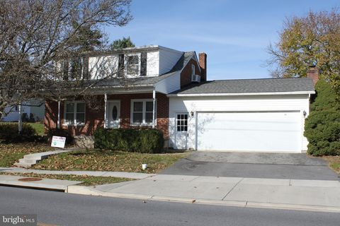 Photo of 205 W Green St, Middletown, MD 21769