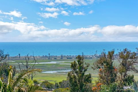 701 Santa Olivia, Solana Beach, CA 92075