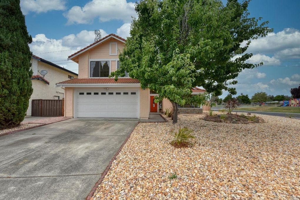 240 Bentley Ct American Canyon, CA 94503