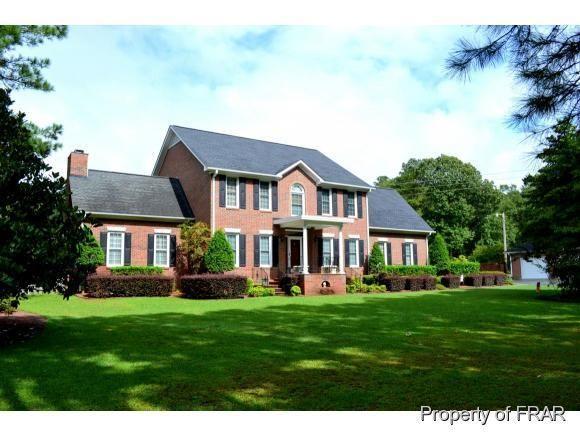 1191 Cypress Lakes Rd, Hope Mills, NC 28348