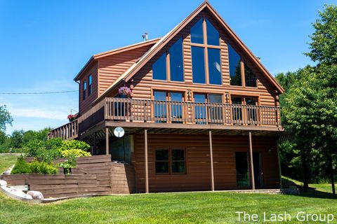 Lowell, MI Real Estate - Lowell Homes for Sale - realtor com®