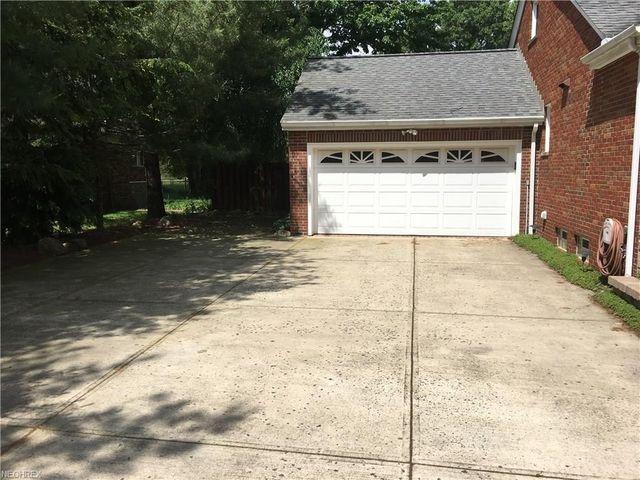 1516 Dover Center Rd, Westlake, OH 44145 - realtor.com®