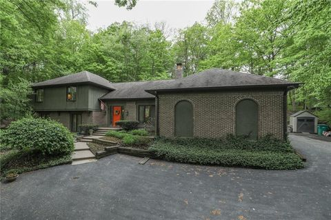 Photo of 8739 S Log Run Dr, Indianapolis, IN 46234