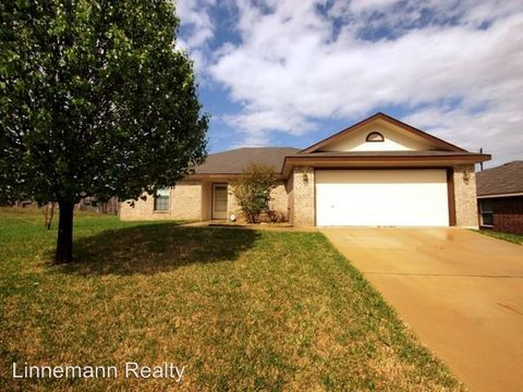 Photo of 2703 Curtis Ln, Copperas Cove, TX 76522