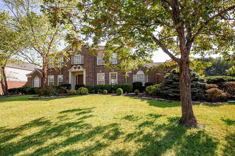 Photo of 7734 Waters Edge Dr, Deerfield Township, OH 45040