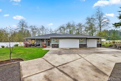 136 Studebaker Rd, Castle Rock, WA 98611