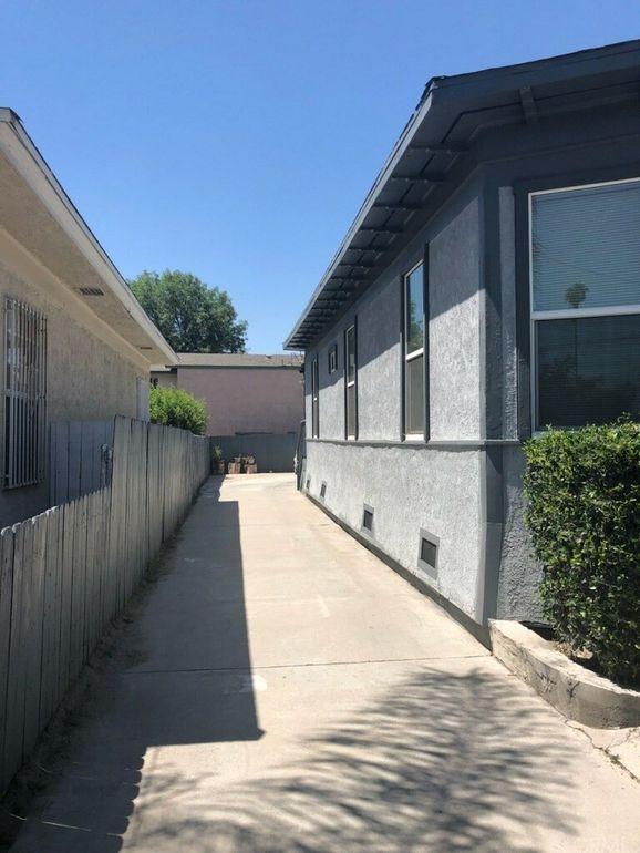 691 W 8th St, San Bernardino, CA 92410
