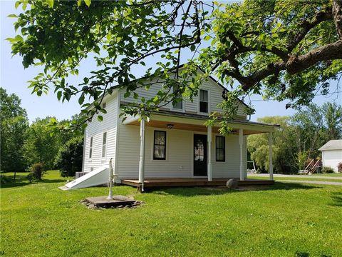 Photo of 3871 Walworth Ontario Rd, Walworth, NY 14568