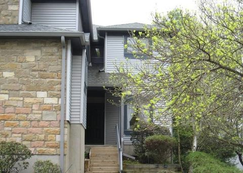 60 Overlook Dr, Independence Township, NJ 07840