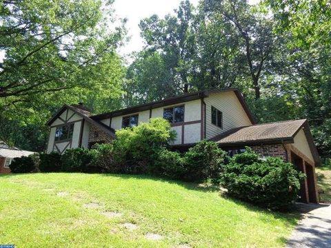 1404 Oak St, Coatesville, PA 19320