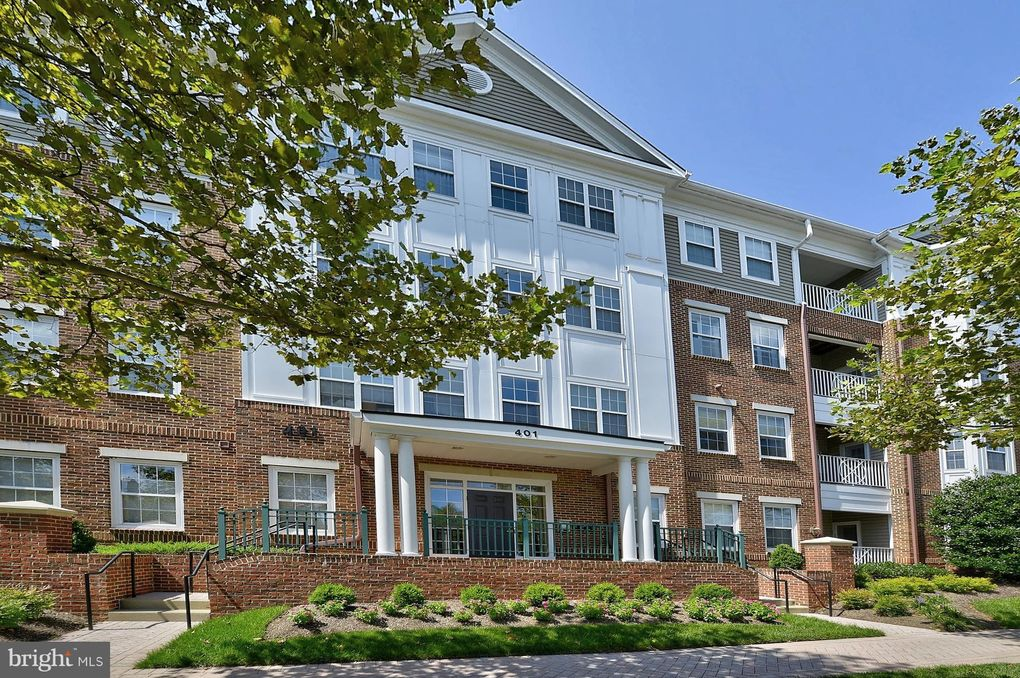 401 King Farm Blvd Apt 202, Rockville, MD 20850
