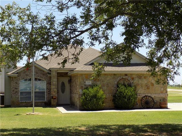 108 Newfield Ln Springtown TX 76082