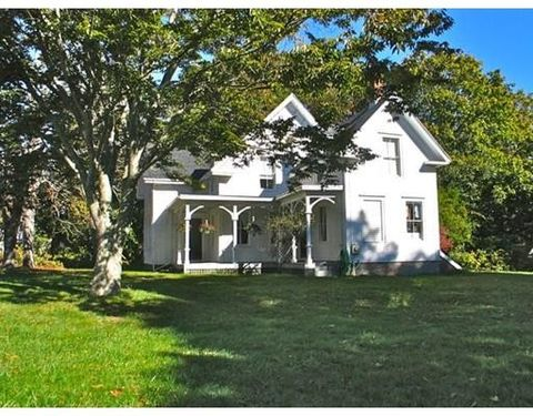 1054 State Rd # Rdwt136, West Tisbury, MA 02535
