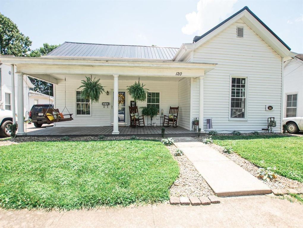 120 Clay St Mt Sterling Ky 40353 Realtor Com