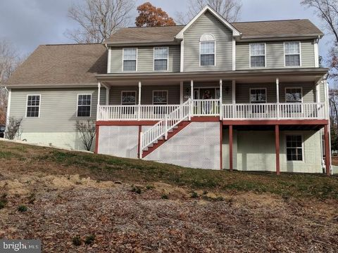 Photo of 535 Carson Ct, Lusby, MD 20657