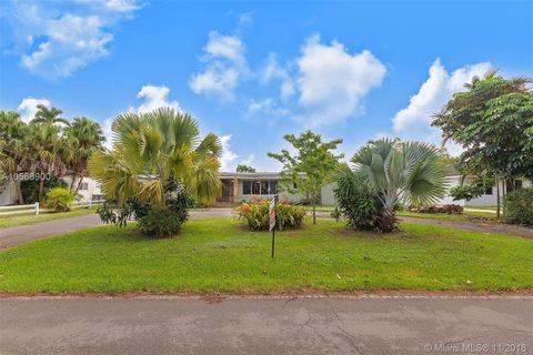 Photo of 11605 Griffing Blvd, Biscayne Park, FL 33161