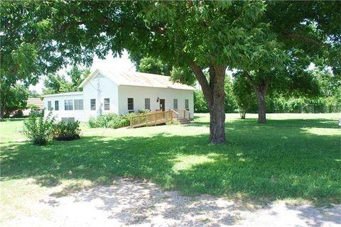 1802 Hill St, Bastrop, TX 78602