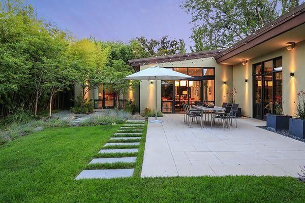 1301 Hamilton Ave, Palo Alto, CA 94301