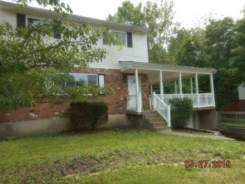 Photo of 7099 Petri Dr, Anderson Township, OH 45230