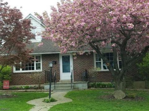 Photo of 404 Center St, Phillipsburg, NJ 08865