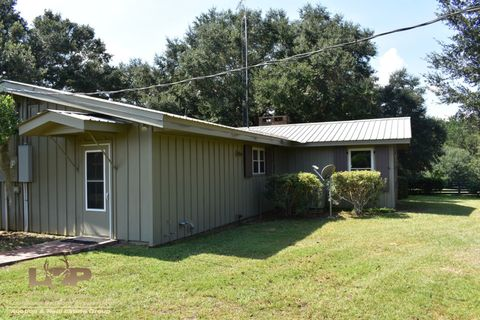Photo of 486 Holden Rd, Poplarville, MS 39470