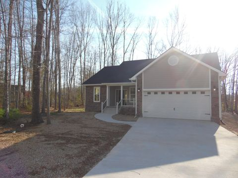 Photo of 27 Black Oak Cir, Crossville, TN 38558