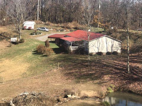 Photo of 7818 Mountain Rd, Cedar Bluff, VA 24609