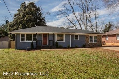 Photo of 1961 S Columbia Pl, Decatur, GA 30032