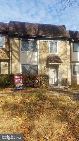 Photo of 2930 Jermantown Rd # 13, Oakton, VA 22124