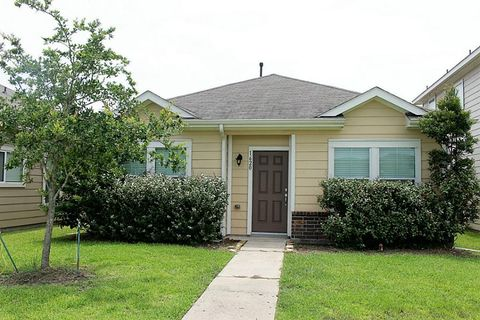 1620 Claremont Garden Cir Houston TX 77047