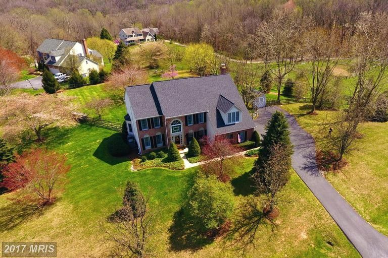 5135 Hodges Rd, Sykesville, MD 21784